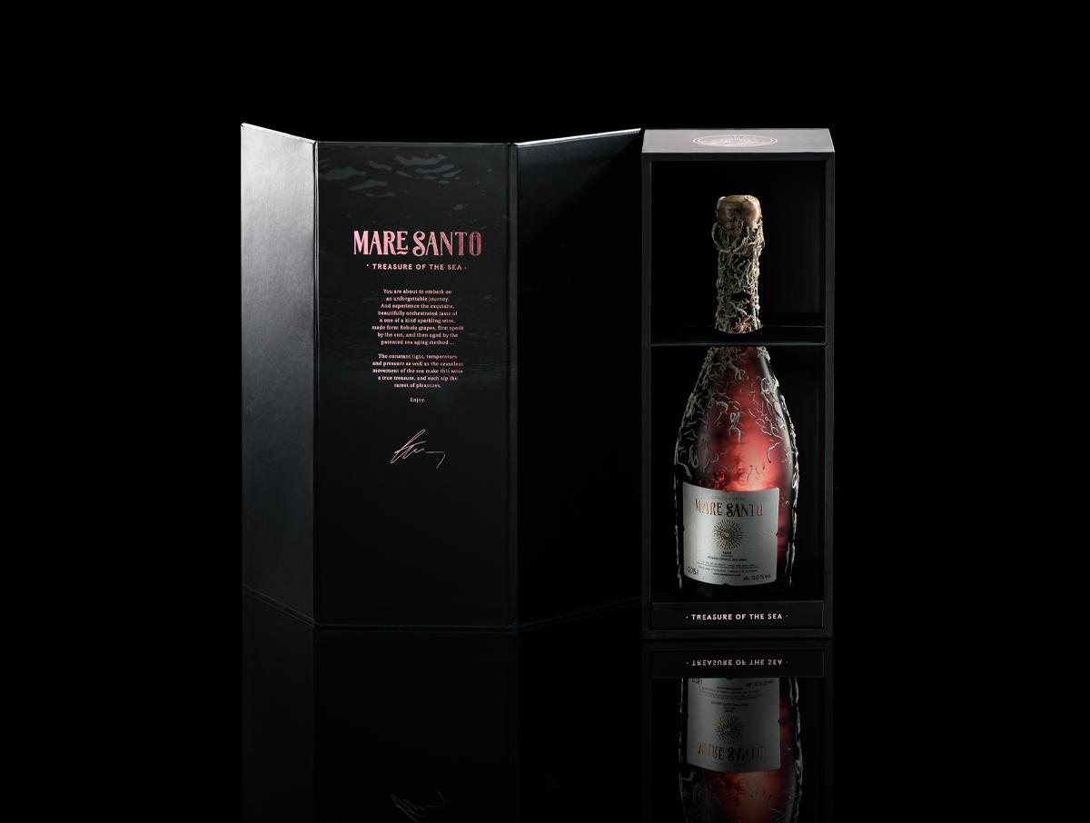 maresanto-rose-in-box